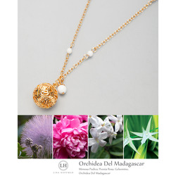 Collana Profumo con Charm e Perline all'Orchidea del Madagascar dolomite/oro
